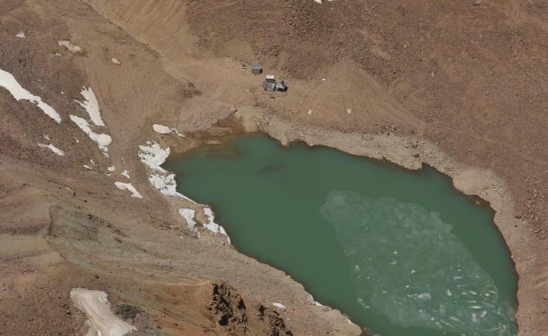 На прорывоопасных моренных озерах Алматы начаты превентивные работы